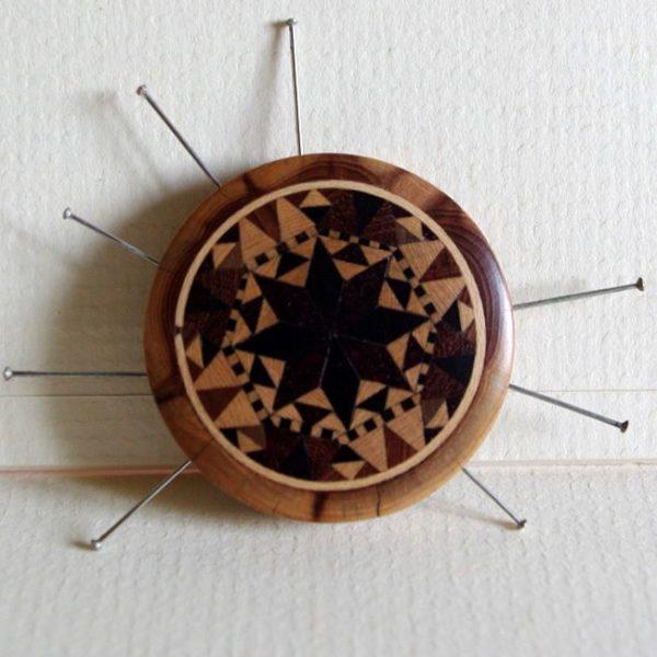 Button Star Pin Wheel