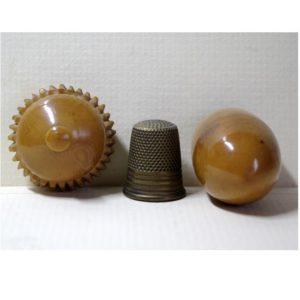 Vegetable Ivory Needle Case (V16)